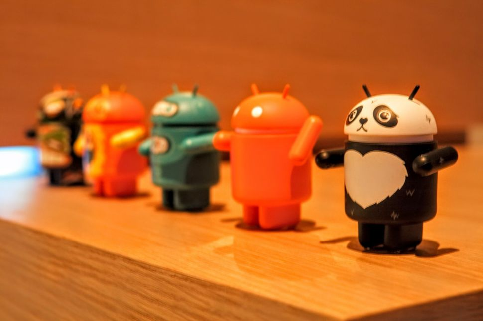 Google's Helpful Spying Now Feeding Android Users Info From Favorite Mobile Apps