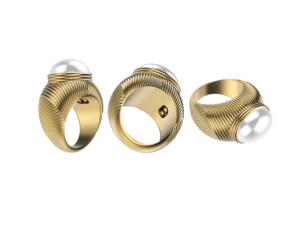 The Emanuel Ungaro x Omate ring (Photo: Courtesy)