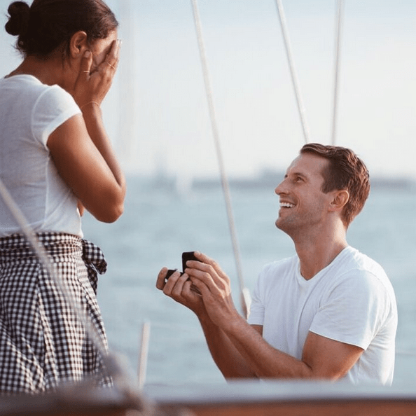 New York's Favorite 'It' Couple Is Finally Engaged