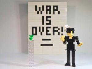 Yoko Ono in Lego.
