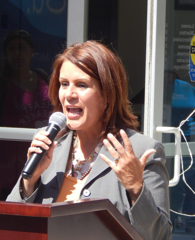 In Perth Amboy, Mayor Diaz to Run Next Year for Third Term