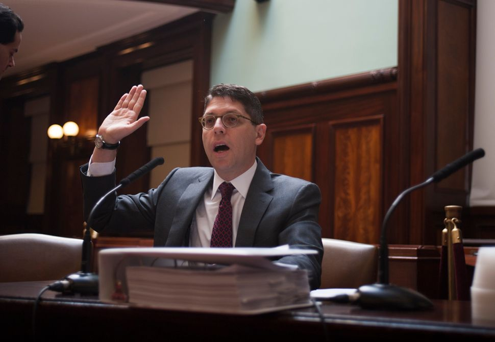 City Investigations Chief Slaps de Blasio Over Attempt to Cover for Corrections Head