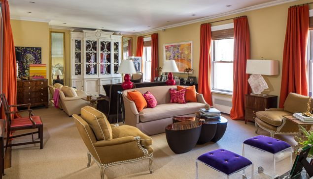 Interior designer Amanda Nisbet is putting her Madison Avenue pad on the market.