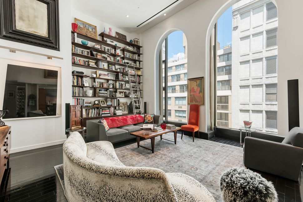 Modern Throwback: Duplex in a Building Steeped in City Lore Showcases Owner's Vision