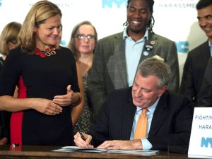 Mayor Bill de Blasio joins Speaker Melissa Mark-Viverito to sign legislation to prevent tenant harassment Mayor Bill de Blasio joins Speaker Melissa Mark-Viverito to sign legislation to prevent tenant harassment. (Demetrius Freeman/Mayoral Photography Office)