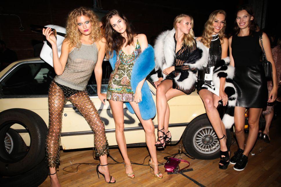 Marc Jacobs & Drew Barrymore Hosted Far Flung Fashion Week Fêtes