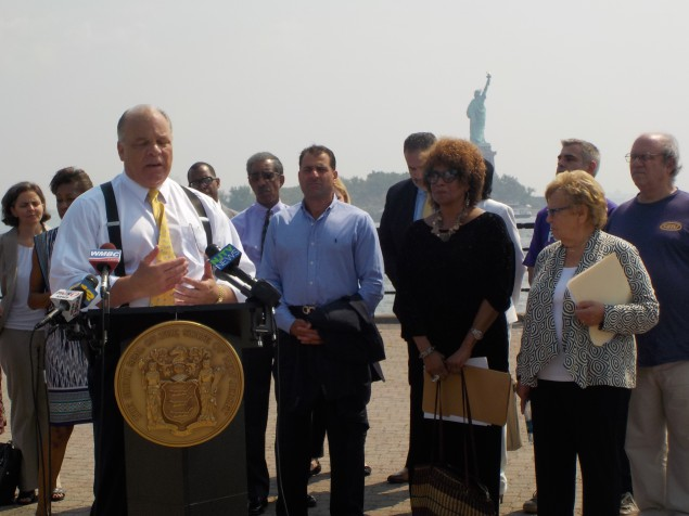 Sweeney, Senate Leaders Push Democracy Act in Jersey City