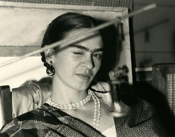 Rare Photographs of Frida Kahlo on Display at Throckmorton