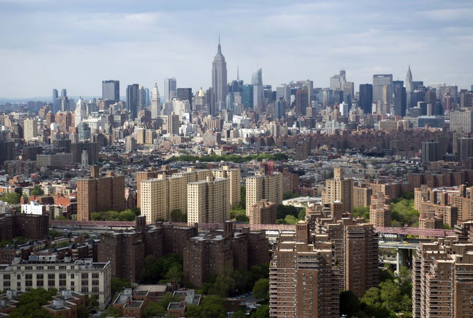 Uncanny Valley: The Real Reason There Are No Skyscrapers in the Middle of Manhattan