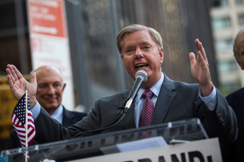 Lindsey Graham Rails Against Iran Nuclear Deal Outside Kirsten Gillibrand's Office