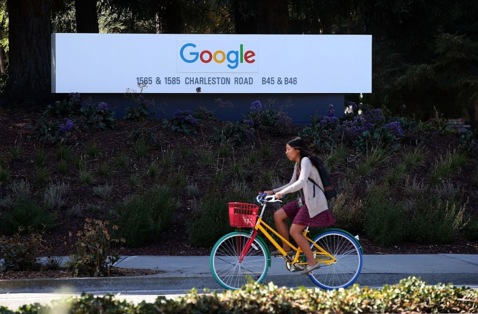 Google Contributor Inverts Ad Buying as Ad Blocking Comes to iOS