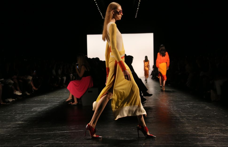 Prabal Gurung's Designs Come to Life Through a 360-Degree Lookbook