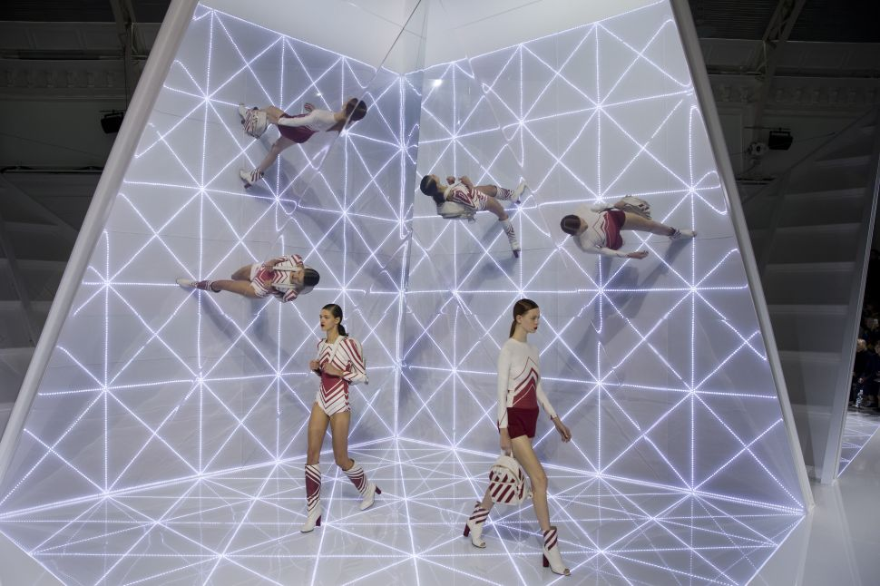 Watch Anya Hindmarch's Spring Show, Featuring an Expertly Choreographed Finale