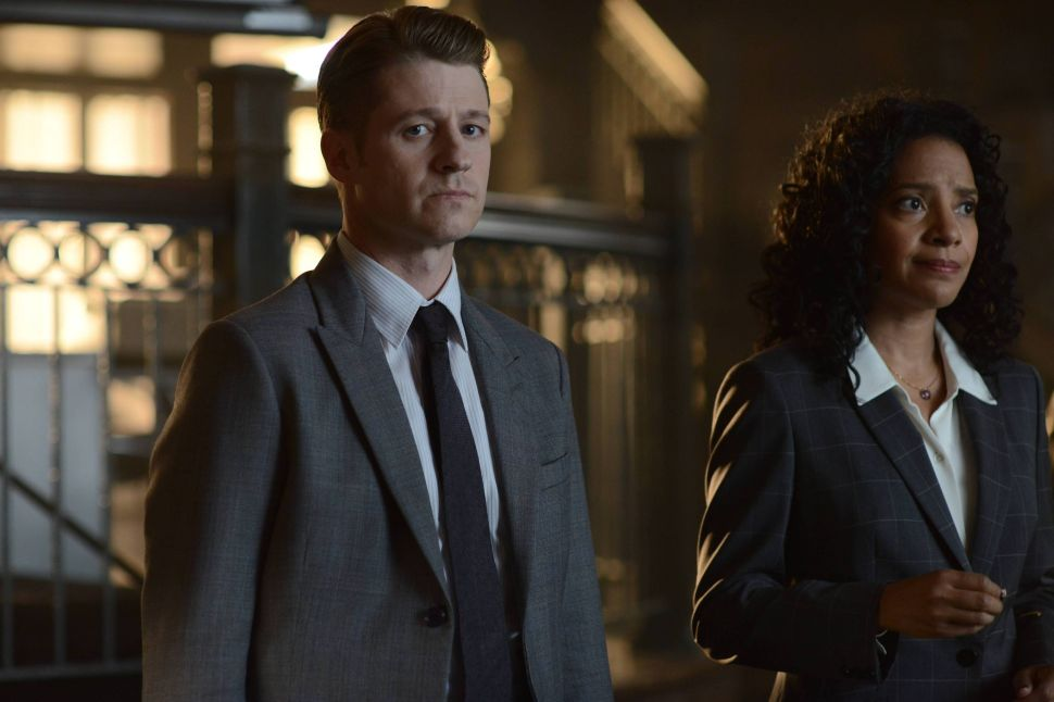 'Gotham' Reference Guide 2×2: Nothing More Contagious Than Laughter