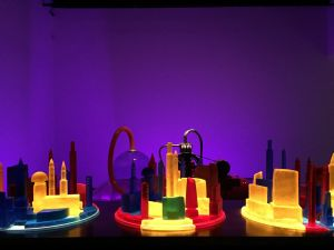 Mike Kelley, Kandor 4, (2007). (Photo: Alanna Martinez)