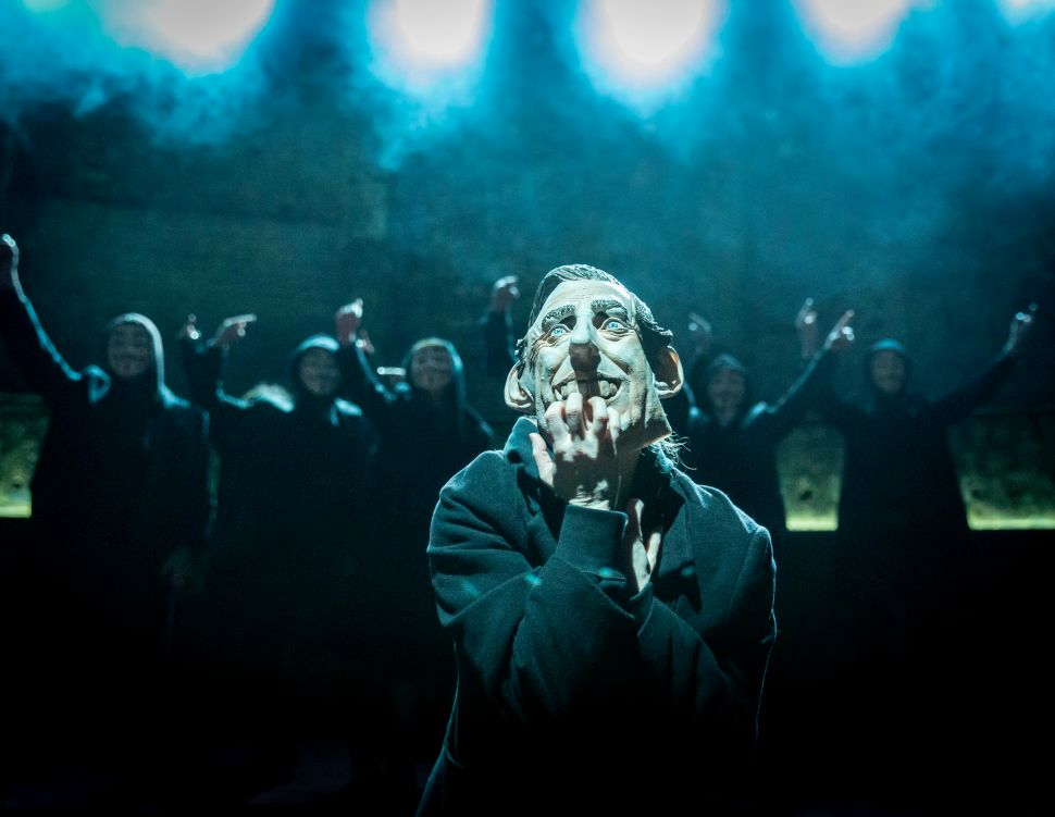 'King Charles III,' Olivier Award in Hand, Aims to Continue Broadway's Royal Rally