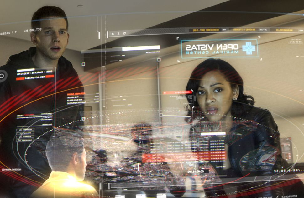 'Minority Report' Series Premiere: Selfie Drones and Leather Jackets