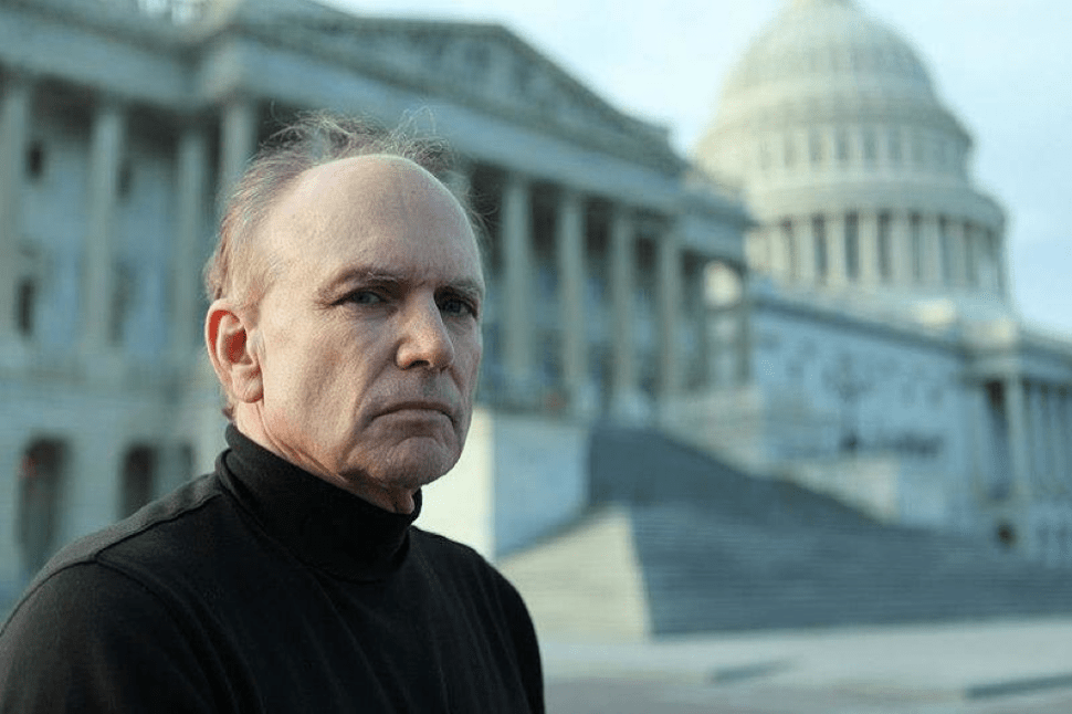Meet the Lobbyist Pressuring the US Gov't to Disclose Extraterrestrial Activity