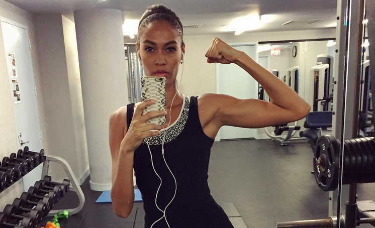 Fitness Selfies Are Seriously Stressing Millennials Out