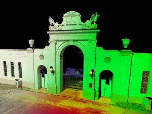 CyArk uses light to scan and recreate the Waikiki War Memorial Natatorium (Waikiki Natatorium, Flickr)