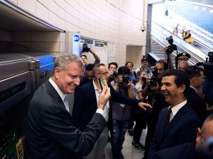 Mayor Bill de Blasio at the ribbon cutting for the new 34th Street-Hudson Yards train station. (Photo: NYC Mayor's Office/Flickr)