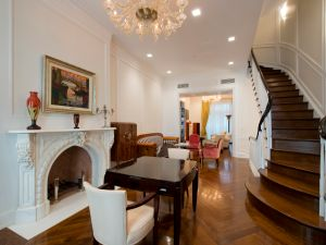 The Venturinos gut renovated their entire Upper East Side townhouse before they moved in. (Juris Mardwig)