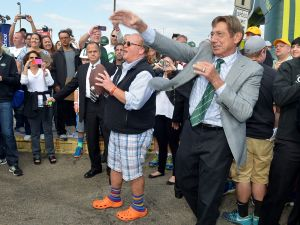 Chef Mario Batali, Joe Namath (Photo by Gustavo Caballero/Getty Images for NYC Wine & Food Festival).