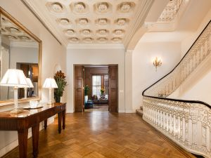 The current owner, Japanese billionaire Bungo Shimada, has used the $50 million townhouse as a pied-a-terre. (Travis Mark/Sotheby's)