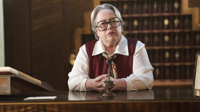 'American Horror Story: Hotel' Premiere Recap: ¡Pero no Puedes Irte Nunca!