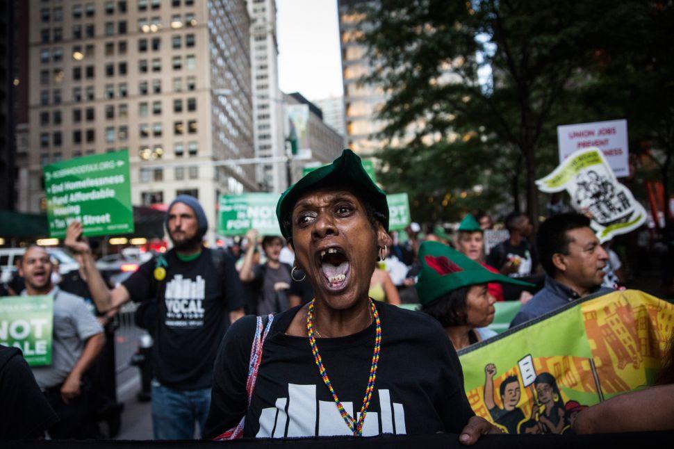 Protests and Injuries Interrupt Final Vote on de Blasio Housing Plan