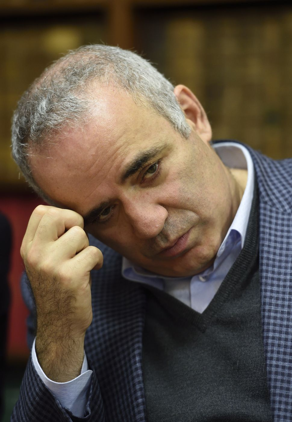 Putin's Press Relishes Chess Icon Garry Kasparov's Bribery Scandal
