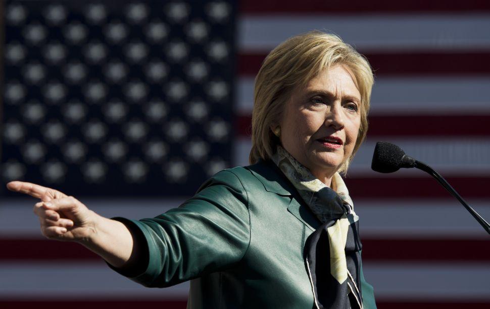 Bill de Blasio Shoots Down Reports That He's Backing Hillary