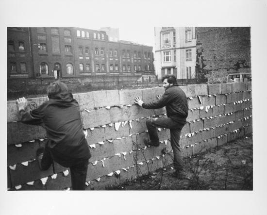 Help Artist Rashid Johnson Build a 'Shea Wall' in Paris