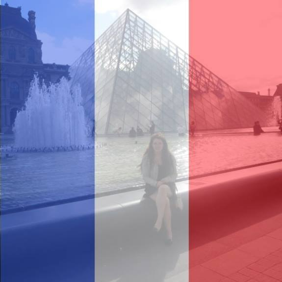 Facebook Asks Users to Support France With Profile Picture Filter