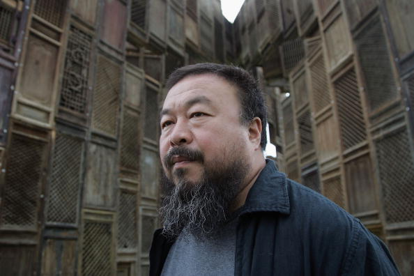 Ai Weiwei Joins United Talent Agency, David Nahmad Denies His Modigliani Is Nazi Loot