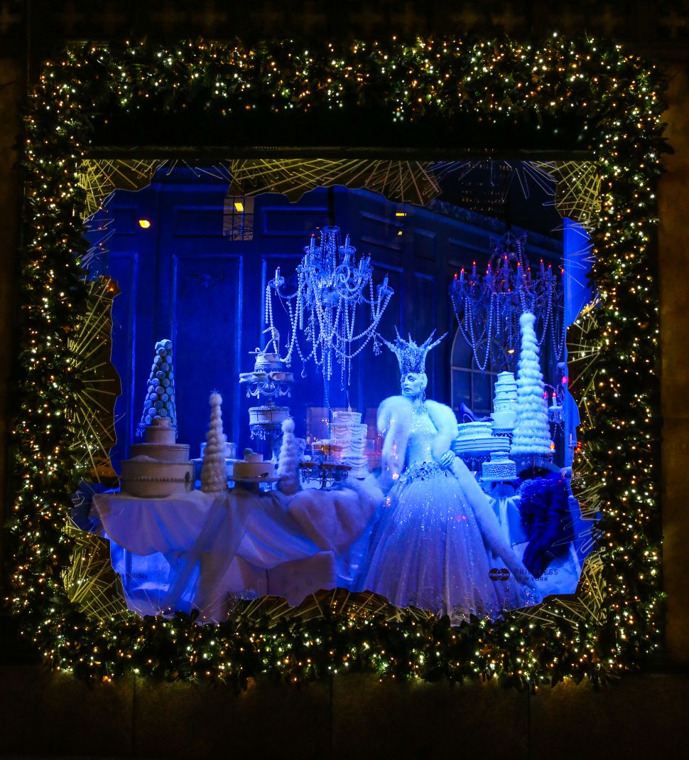 A Visual Tour of New York's Holiday Windows