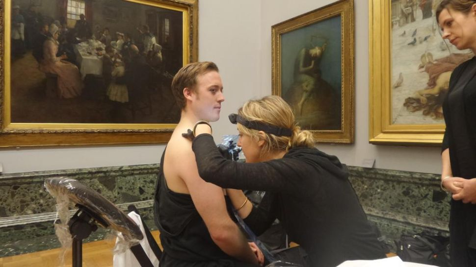 Climate Activists Stage Tattoo-in at Tate, Politicians Head to Art Basel, and More