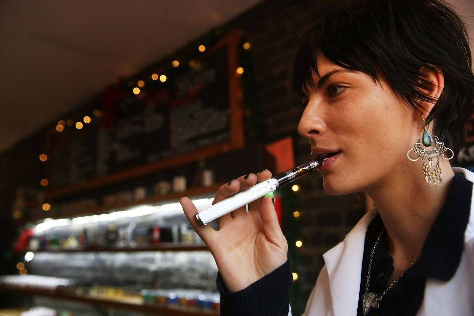 Your E-Cig Looks Like an Electric Toothbrush