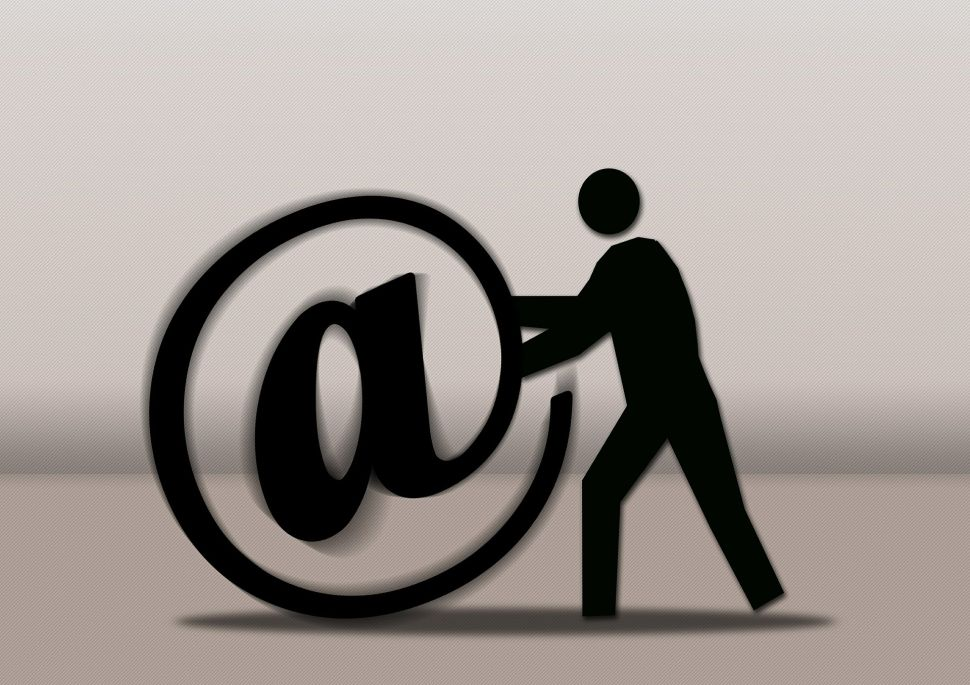 A Common Activitiy We Get Wrong: We (Probably) Write Emails People Won't Remember