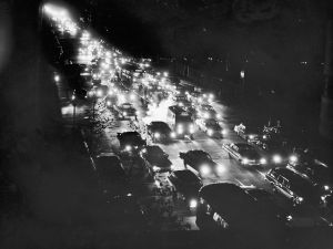 NEW YORK - NOVEMBER 9: (FILE PHOTO) A high-angle view of a traffic jam on First Avenue during a power blackout, November 9, 1965 in New York City. The largest power blackout in the history of the U.S. affected a large part of the north eastern United States and Canada August 14, 2003 with power only beginning to come back in parts of the city early August 15, 2003. (Photo by Hulton Archive/Getty Images)
