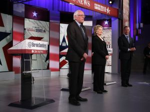 Sen. Bernie Sanders, ex-Secretary of State Hillary Clinton and former Gov. Martin O'Malley in Des Moines tonight (Photo: Alex Wong for Getty Images)