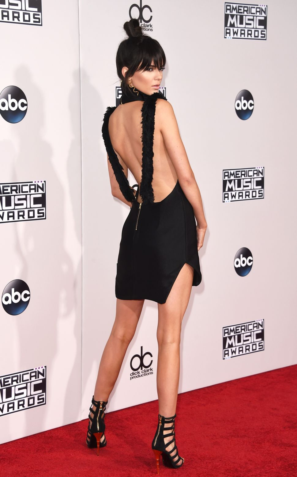 The 5 Most Memorable Outfits From the American Music Awards