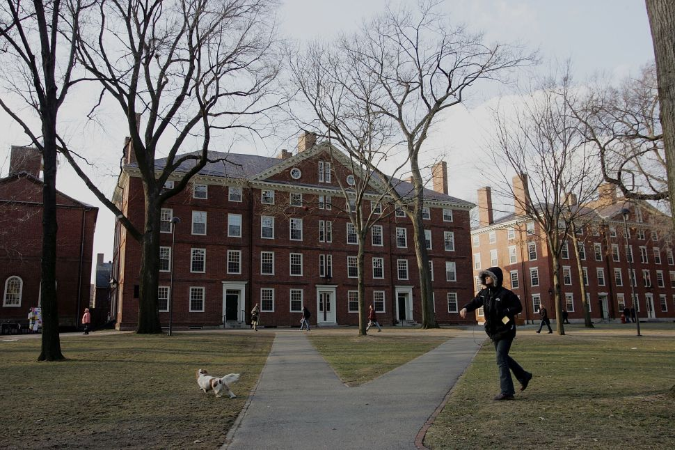 Harvard on Lockdown in Wake of Bomb Threats