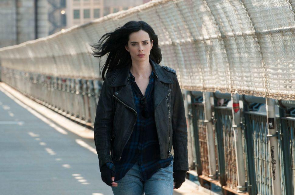 'Marvel's Jessica Jones' Season 1 Review: Marvel Turns to the Dark Side