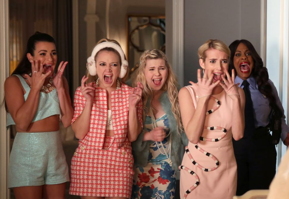 'Scream Queens' 1×8 Recap: Burnin' for You