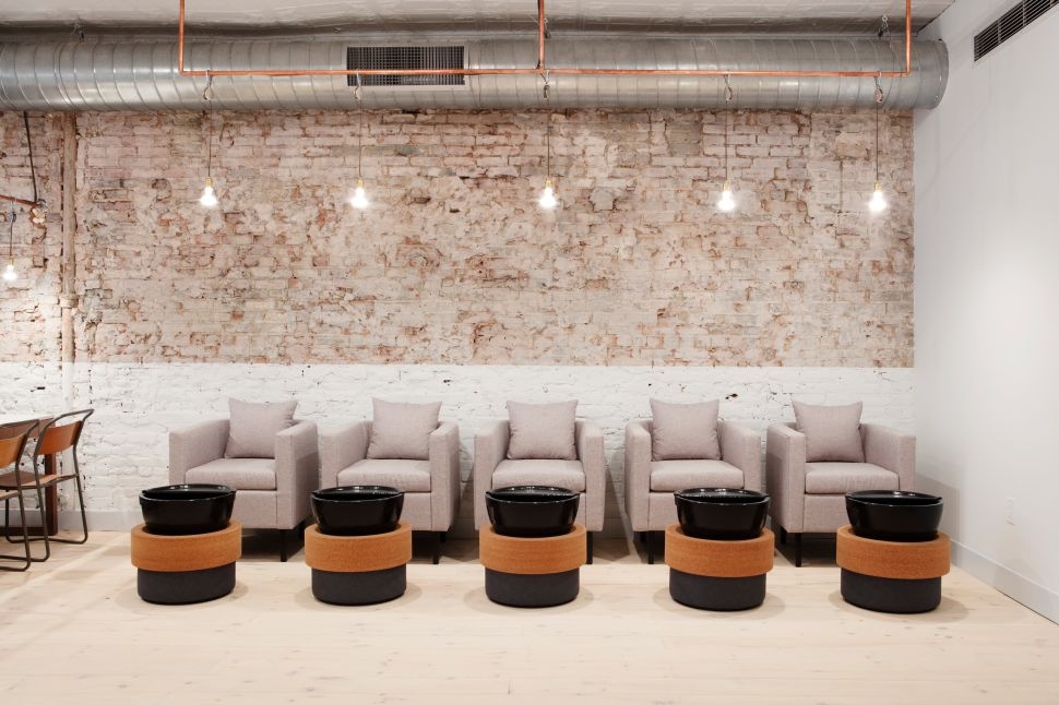 Combine Manicures and Meetings at Tenoverten's Newest Salon