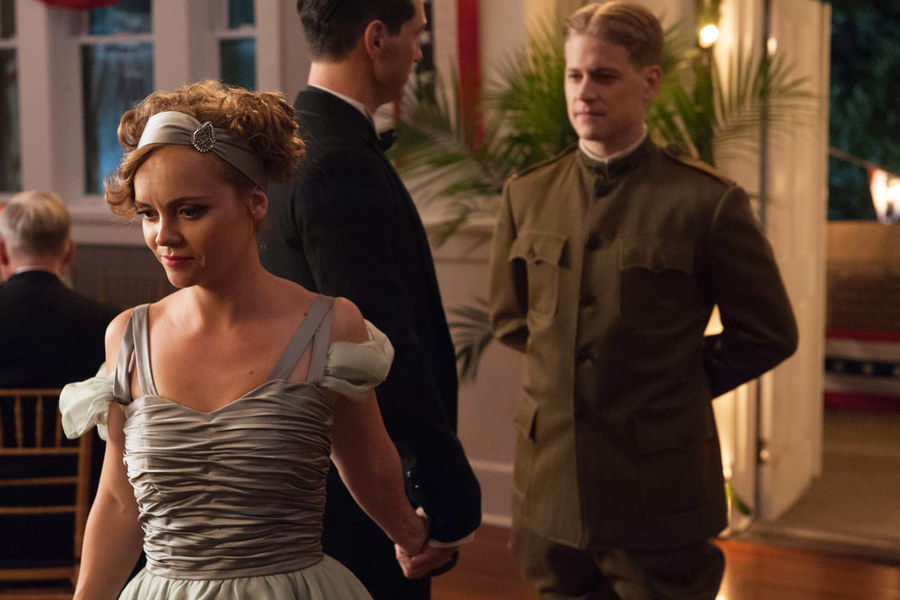 Amazon Pilot Reviews: Out-of-Sync 'Z' Doesn't Do the Fitzgeralds Any Favors