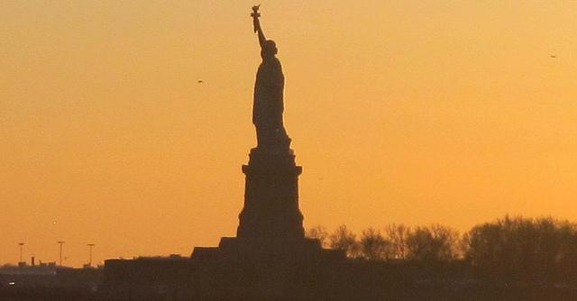 On the Market: Manhattan's Pricey Rentals Sit Empty; Multi-Million Dollar Tear-Downs
