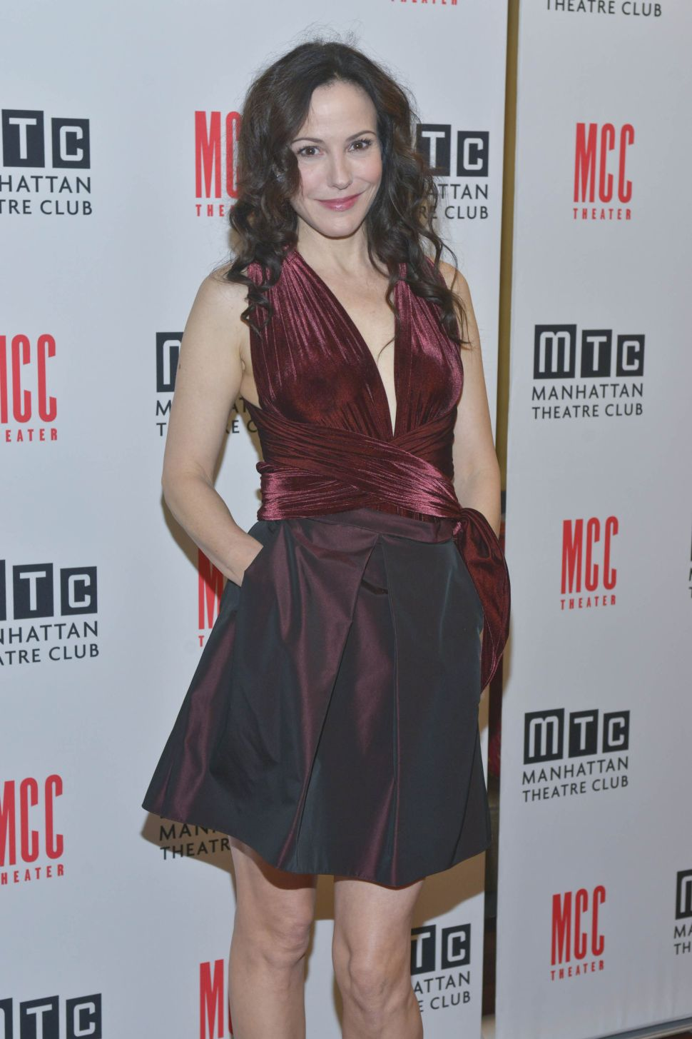 Mary-Louise Parker's Former Penthouse Sells at a Loss