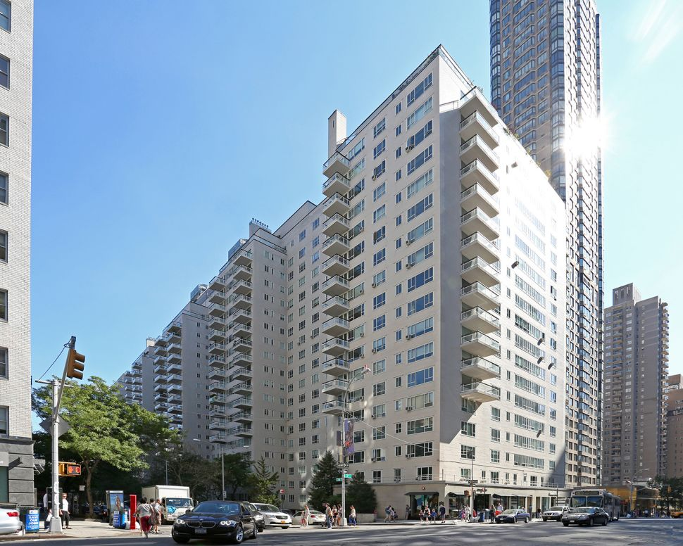 The Bloomingdale's of Apartment Buildings—Manhattan House Conversion Draws to a Close